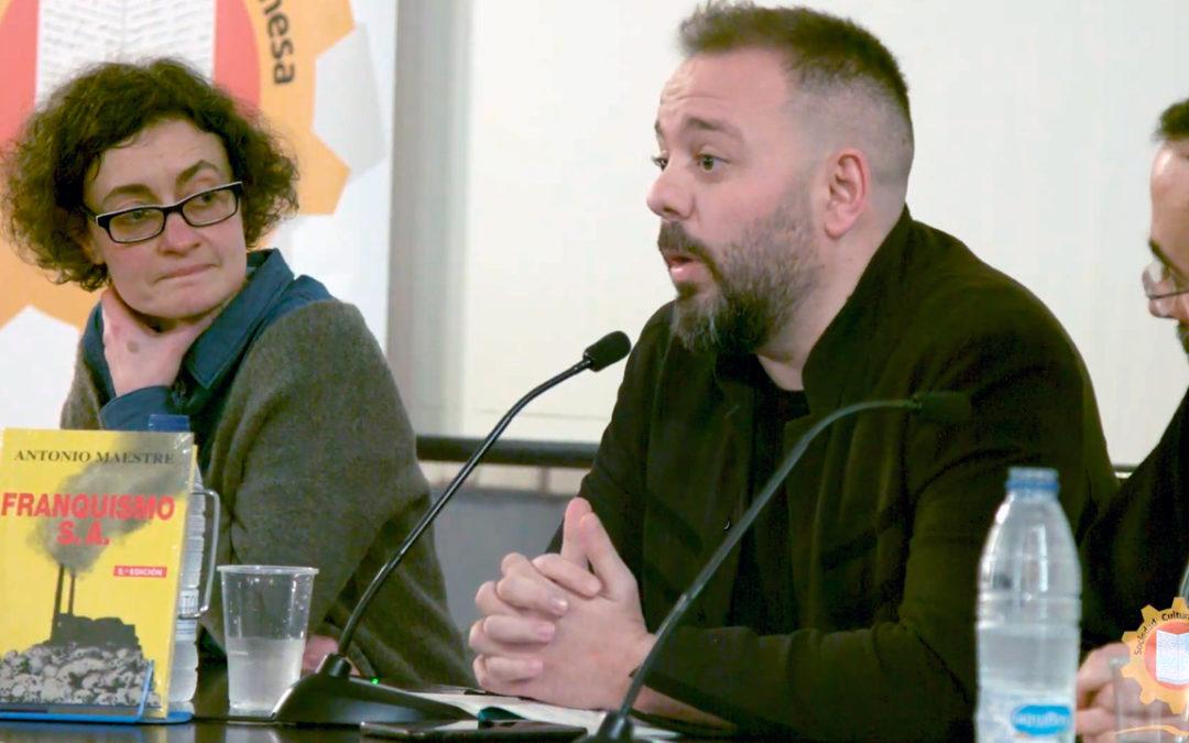 Antonio Maestre presentado'l llibru en Xixón