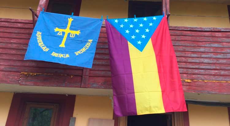 bandera republicana federal española y bandera de Asturies